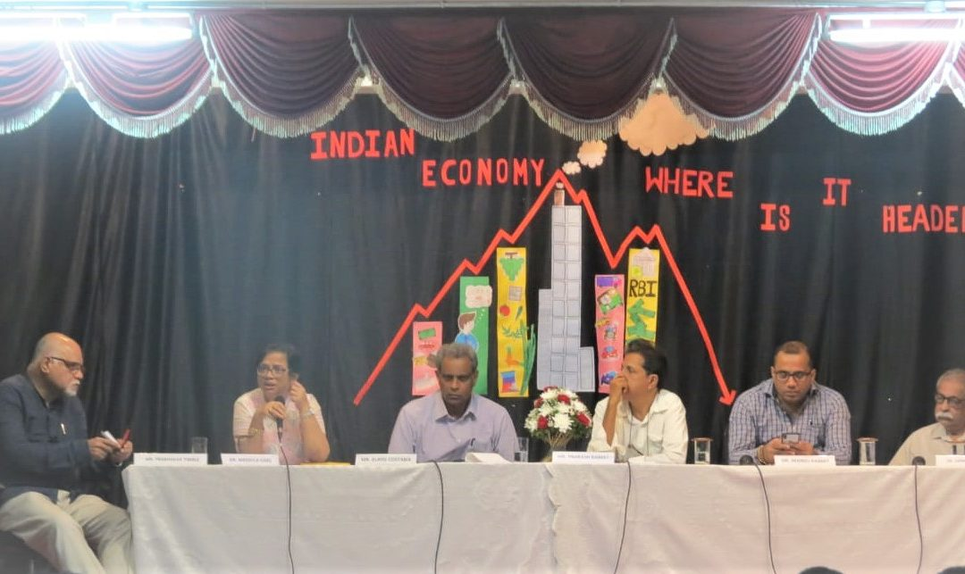 CURRENT STATE OF INDIAN ECONOMY DISCUSSED AT PANEL DISCUSSION HELD AT CARMEL COLLEGE