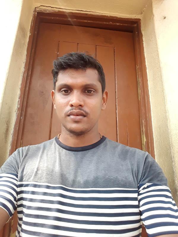 Mr. Vincy  Fernandes